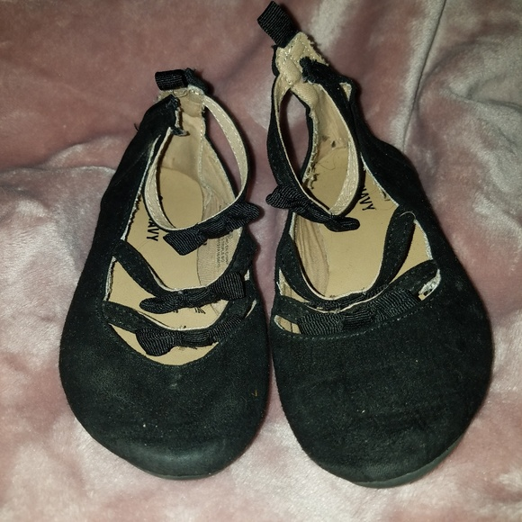 Old Navy Other - 9C Dress flats